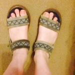 beach-tyre-sandals