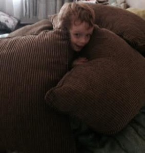 peeping-out-of-cushions